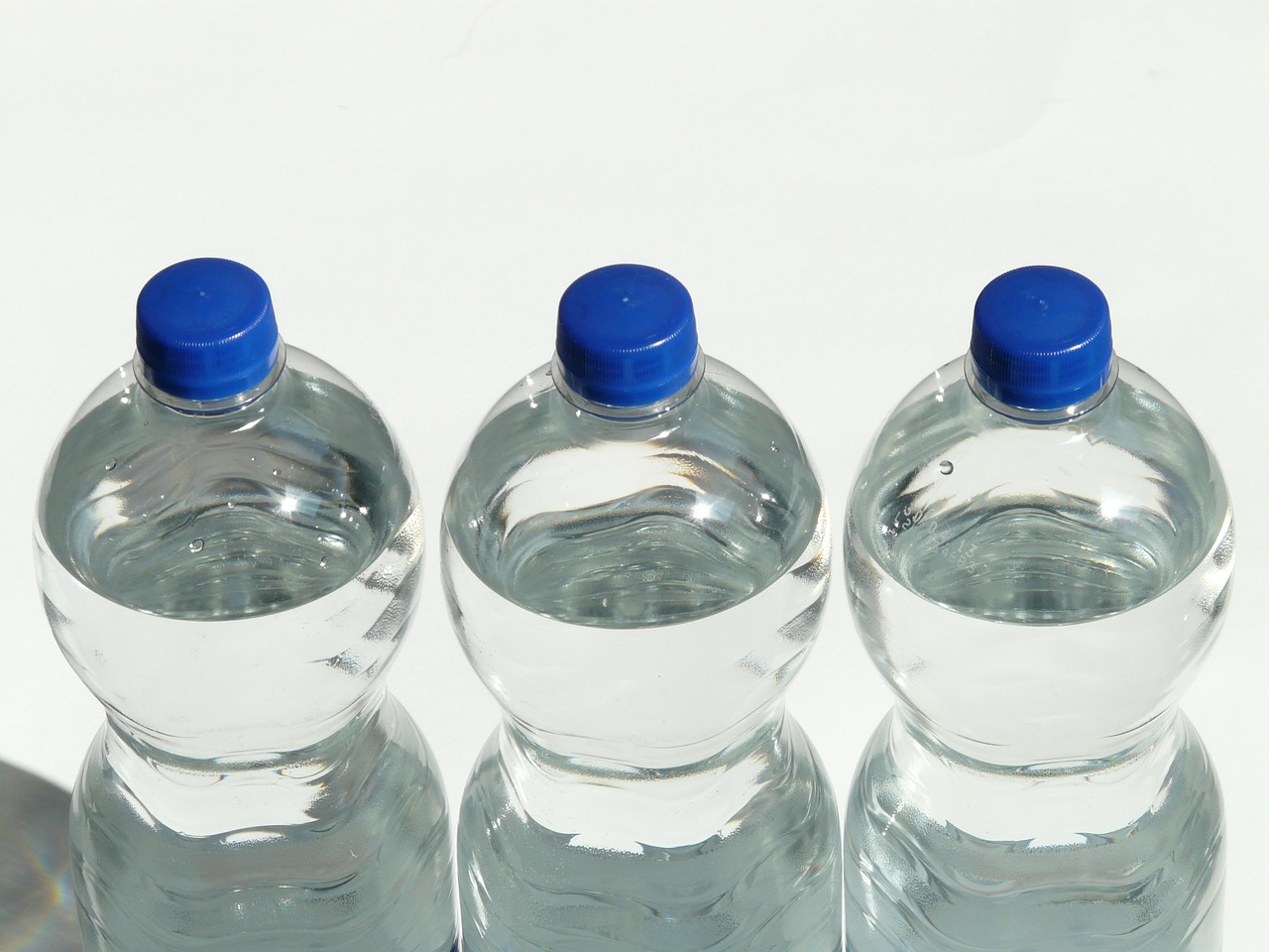 Ooho: The Eco-Friendly Substitute to Plastic Bottles