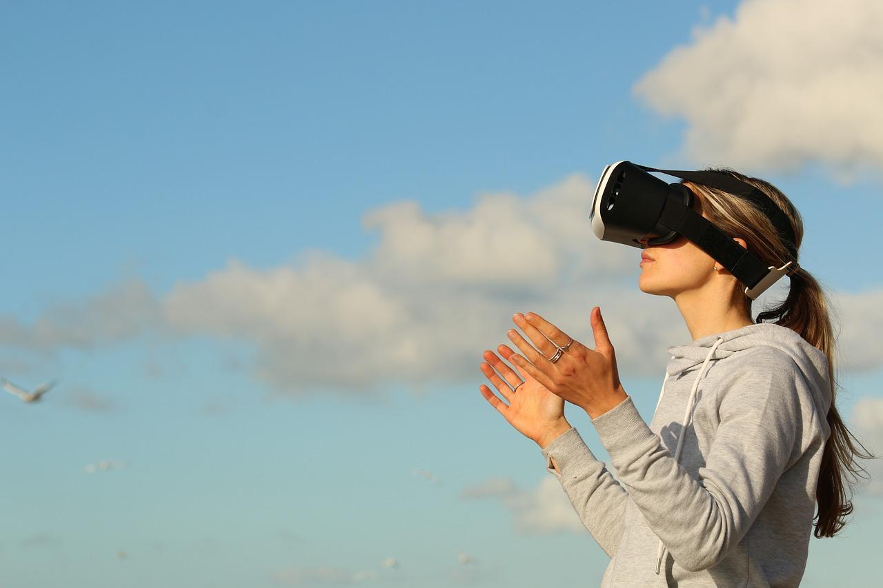 Could virtual reality become a non-addictive painkiller?
